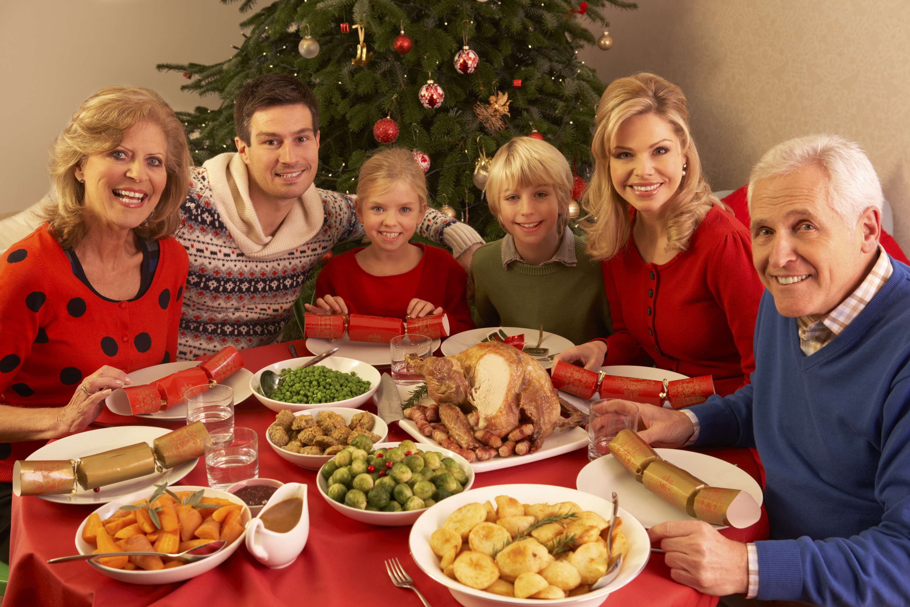 canstockphoto7410284-christmas
